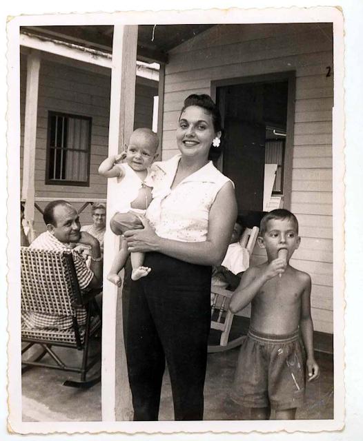 The de la Vega Family