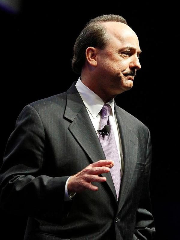 Ralph de la Vega Vice Chairman AT&T